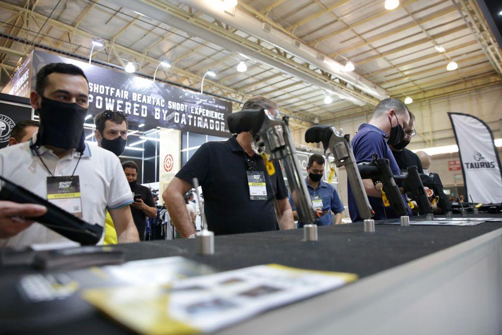 Integrantes de clubes de tiro valorizam a SHOT FAIR BRASIL