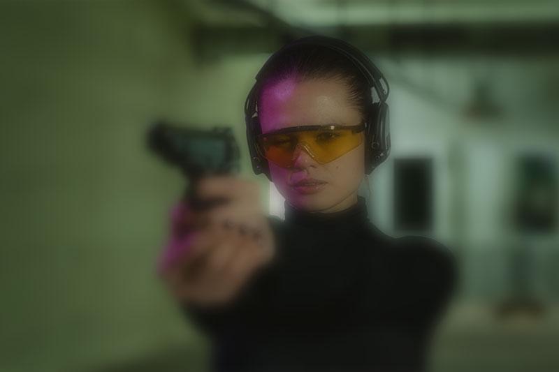 Mulheres e armas: uma parceria de destaque na SHOT FAIR BRASIL